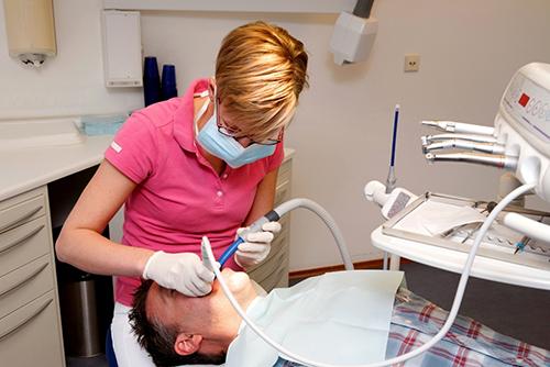 dentista-foligno-spello-conservativa-03