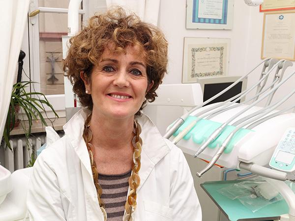 dott-dentista-maria-cristiana-damiani-spello